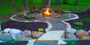 Firepit-Backyard-06.620x315