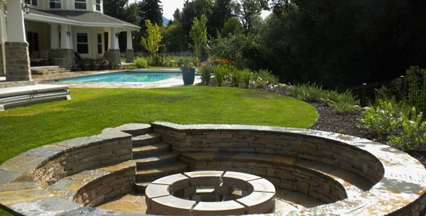 Firepit-Backyard-10.620x315