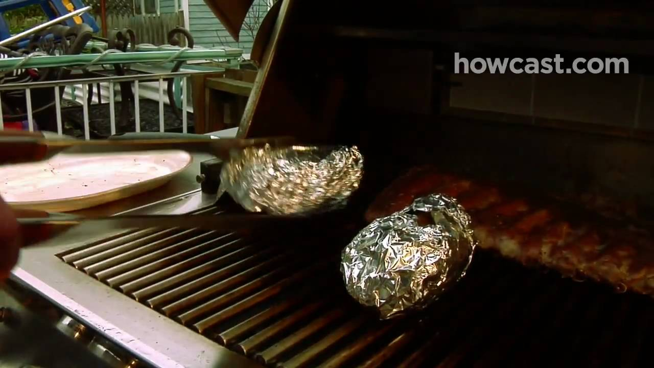 how to cook potatoes on charcoal